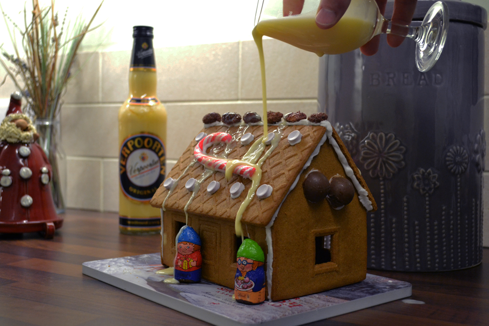 gingerbread-house9